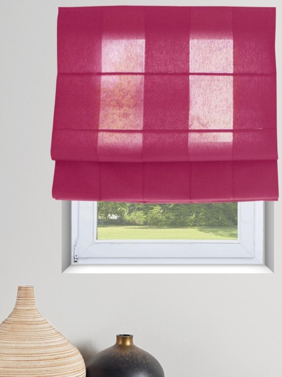 Rolety rzymskie w kolorze różowym